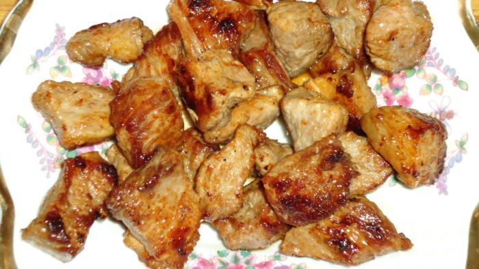 Жаркое в горшочках с мясом и картошкой в духовке