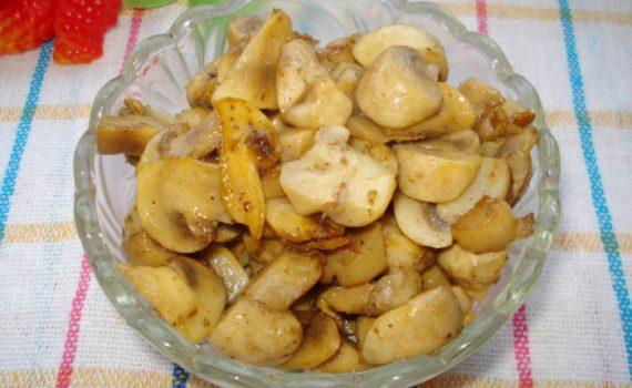 Вкусные жареные шампиньоны на сковороде