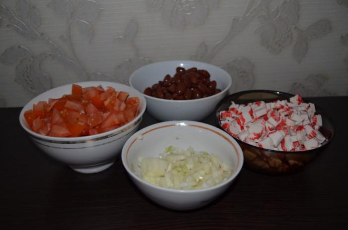 рецепт салата из фасоли красной консервированной