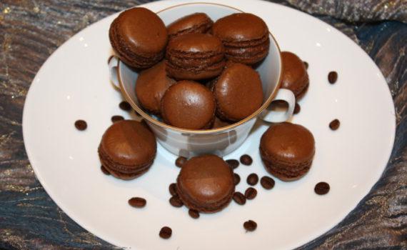 Шоколадное печенье макаронс