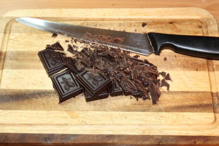 Шоколадные конфеты трюфель с тремя видами топпинга