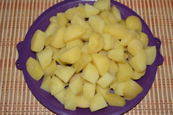 Отварной картофель жареный