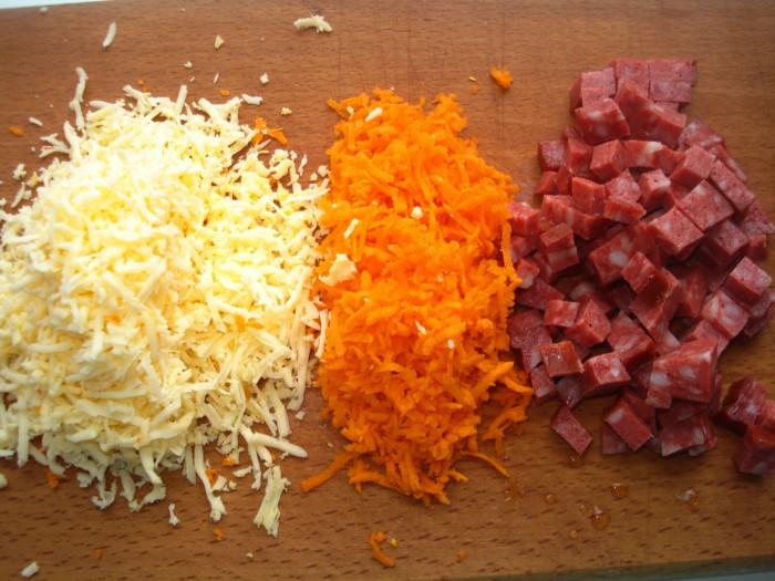 Как сделать пиццу в домашних условиях с колбасой и сыром пошаговый рецепт