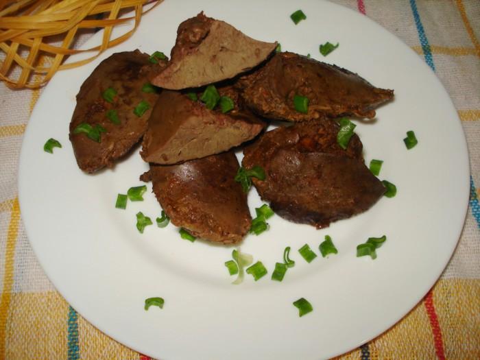 Тушеная индюшиная печень в томате