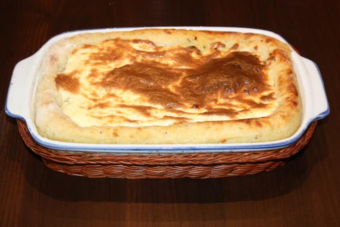 Картофельная запеканка с вялеными помидорами