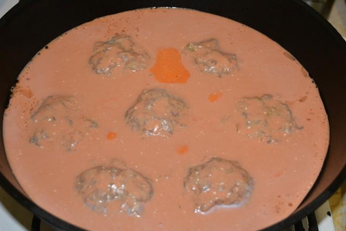 Ленивые голубцы с фаршем, рисом и капустой на сковороде