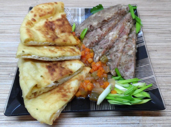 Хачапури по-имеретински с сыром