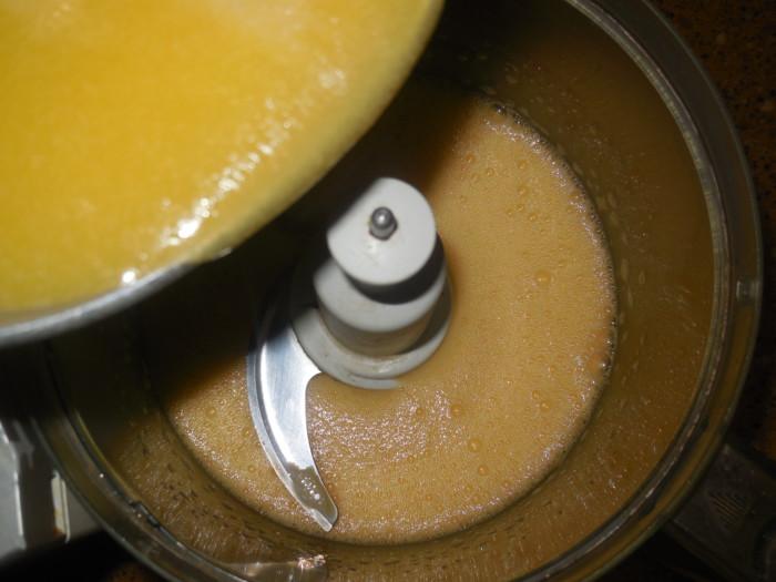 Кулич на топленом молоке и сливках в мультиварке
