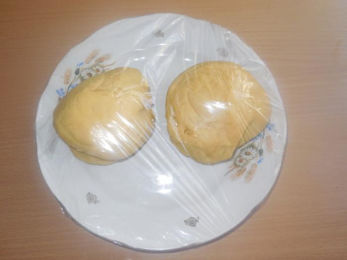 кулич - краффин с курагой – слоеный кулич на апельсиновом соке