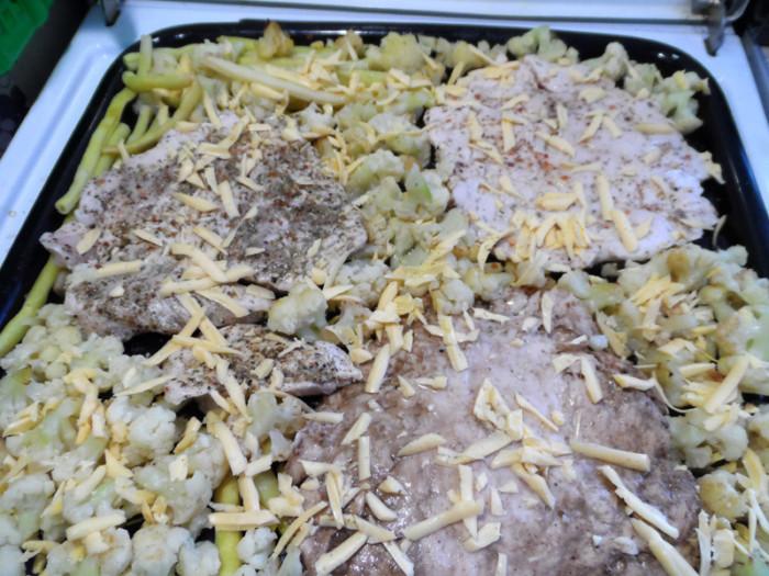 Отбивные из куриного филе в духовке