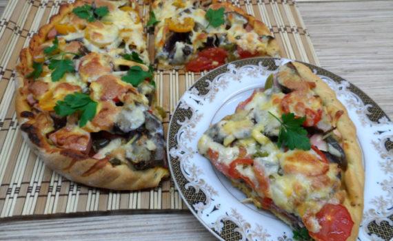 Самая простая домашняя пицца на дрожжах и лучшие начинки для пиццы