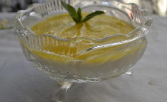 Десерт панакота из сметаны с апельсиновым соусом