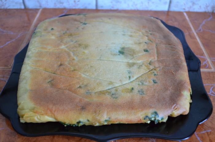 Пирог со шпинатом и зеленым луком - рецепт пошаговый с фото