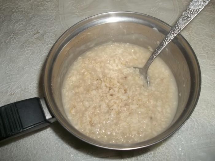Овсянка на бульоне на завтрак