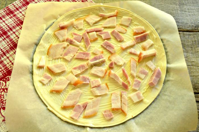 Пицца на слоеном бездрожжевом тесте в духовке рецепт пошагово