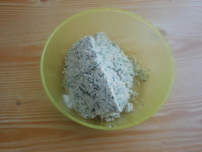Домашний плавленный сыр из творога с укропом