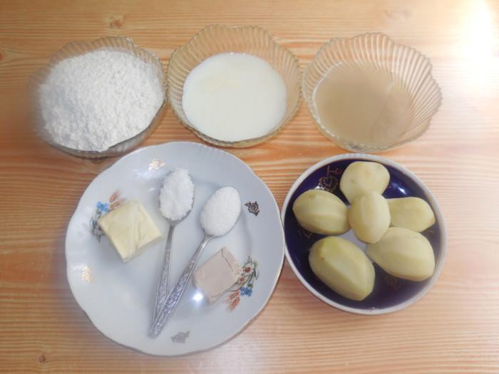Картофельный хлеб на картофельном отваре и молоке