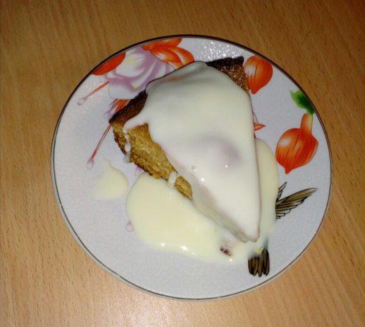 Постный пирог на заварке - без яиц