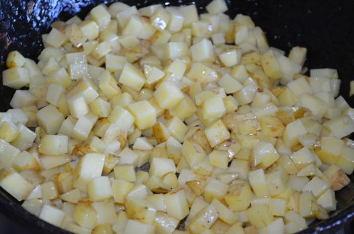 Овощное рагу с картошкой кабачком и баклажаном