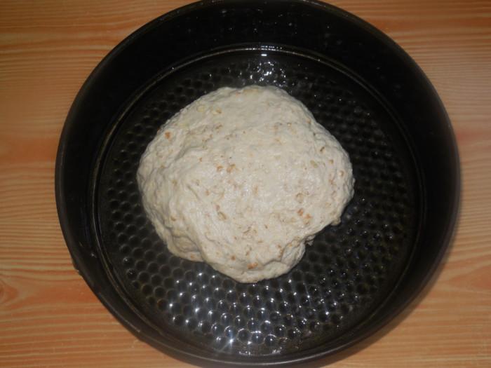 Домашний хлеб с овсяными хлопьями на воде