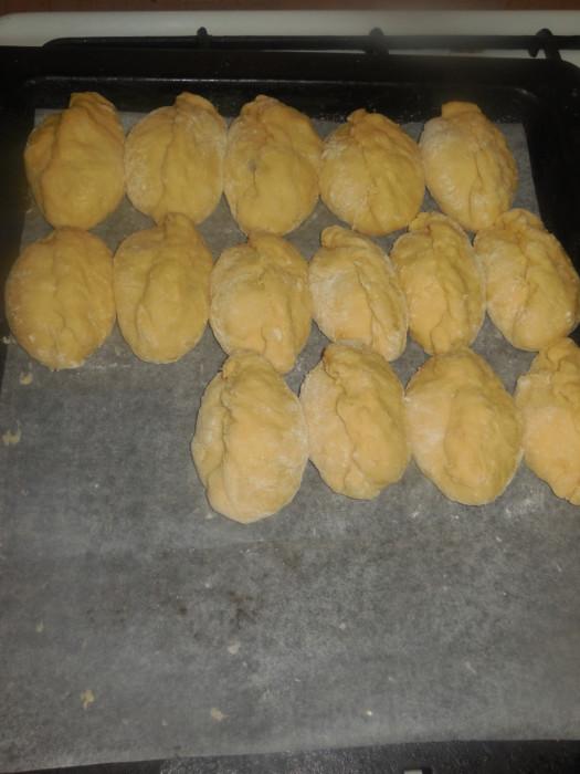 пирожки дрожжевые сдобные в духовке рецепт с фото