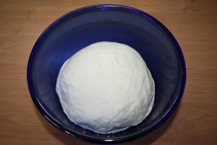 Тесто перед расстойкой