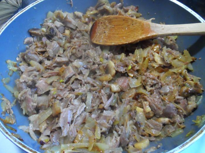 Как приготовить мясную начинку для пирогов