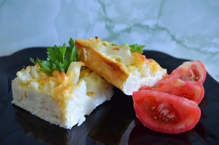 Цветная капуста в духовке, запеченная с яйцом и сыром