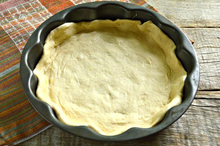 Закрытый пирог с капустой и грибами в духовке