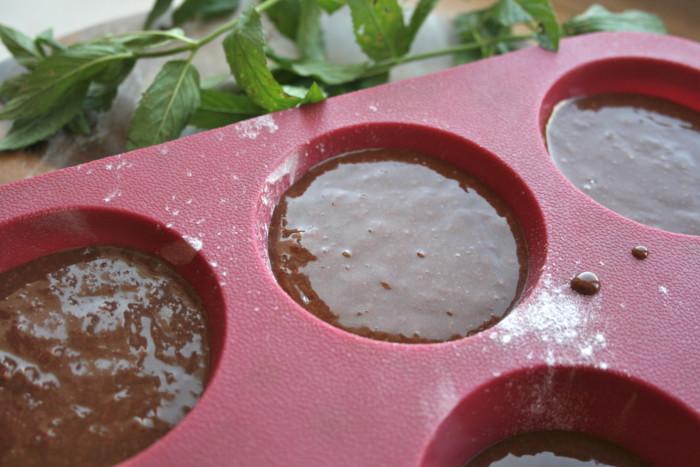 Фондан шоколадный - хрустящие кексы с жидкой начинкой внутри