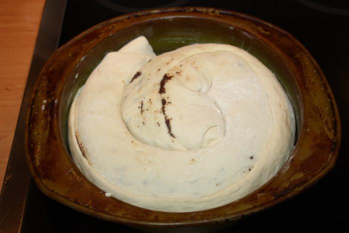 Дрожжевой маковый пирог-улитка