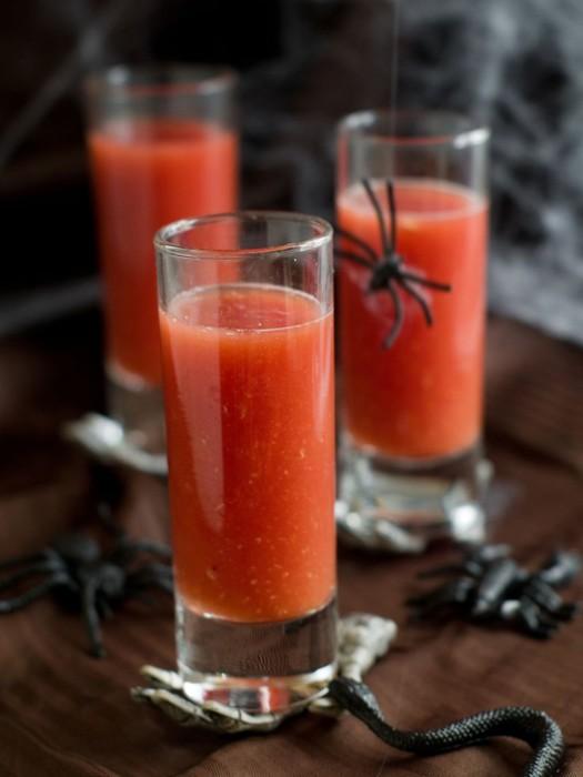 Томатный напиток Кровь Дракулы