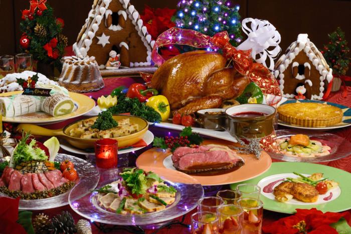 Что должно быть на новогоднем столе в 2019 году : сервировка, рецепты,советы