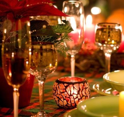 Сервировка и украшение стола на Новый год 2018