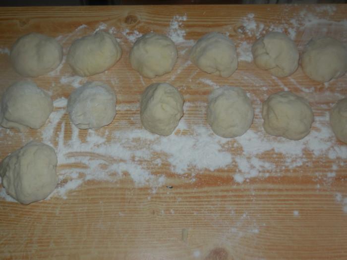Кайнары - татарские лепешки с мясом в духовке