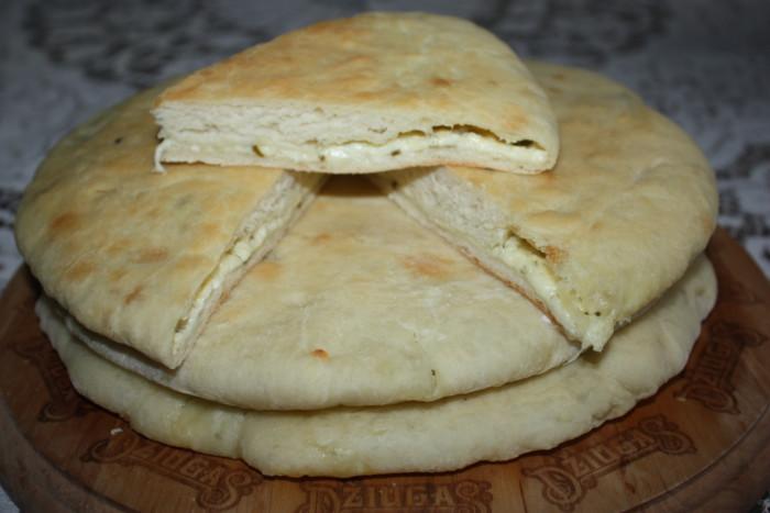 Уалибах - осетинский пирог с сыром в духовке