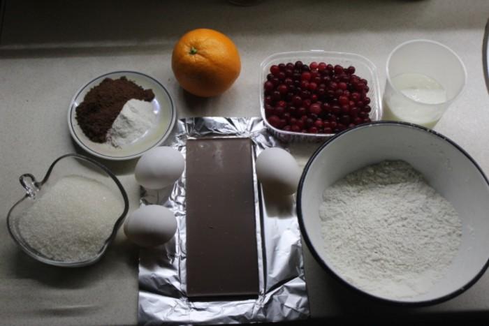 Клюквенный кекс с шоколадом