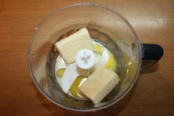Сырный пирог из тонкого лаваша с куриной грудкой