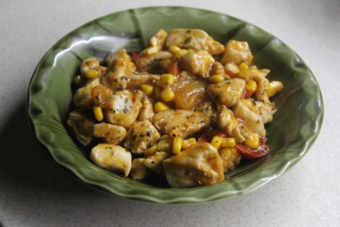Курица с ананасами и перцем чили или куриное филе по-китайски