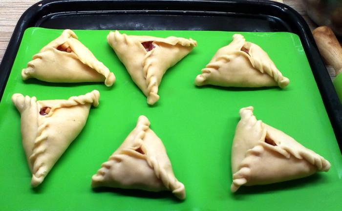 Эчпочмак на кефире - пирожки треугольной формы с мясом и картошкой