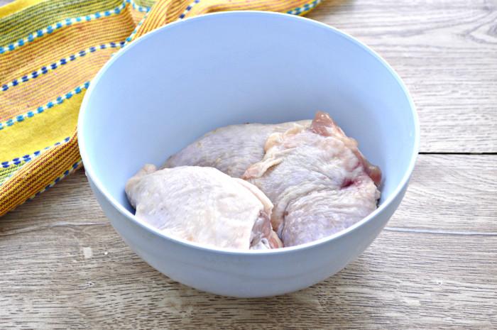Запеченные куриные бедрышки в духовке