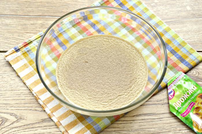 Быстрое постное тесто на сухих дрожжах для пирогов