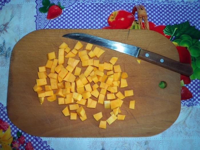 Запеканка из тыквы с манкой и сметаной