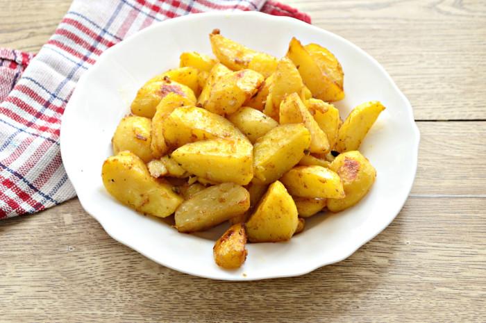 Запеченный картофель в соевом соусе - рецепт пошаговый с фото