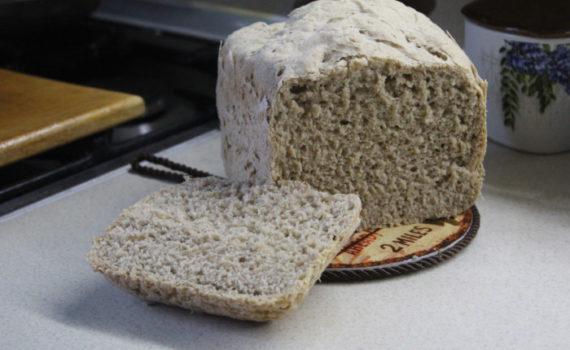 Деревенский ржаной хлеб в хлебопечке