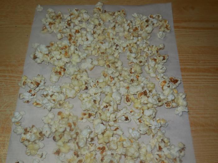 Попкорн с карамелью приготовить в домашних условиях