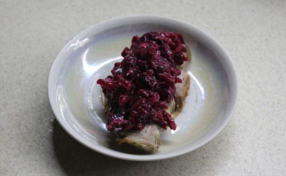 Салат из свеклы с черносливом - вкусный и полезный