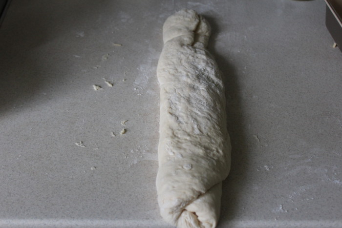 Домашний сырный хлеб с травами