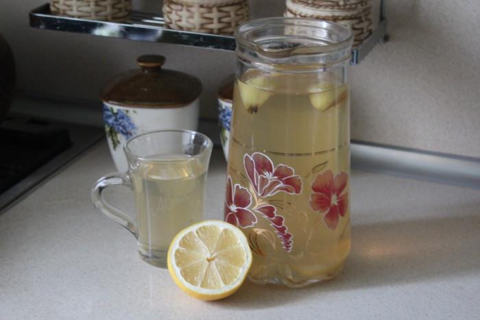 Освежающий цитрусово-яблочный компот для жарких дней