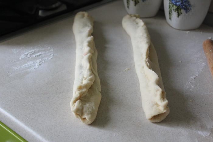 Вишневый пирог-улитка из дрожжевого теста (без кефира)